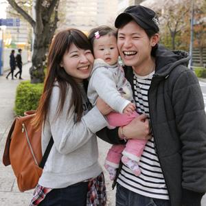 【撮影日:04/09,撮影場所:横浜】ゆうさん・りなさん・ゆずたんちゃん(9ヵ月)