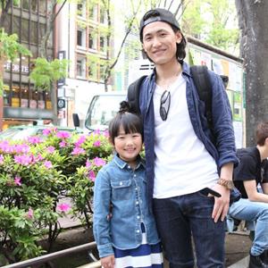 【撮影日:04/25,撮影場所:表参道】将哉さん・愛羅ちゃん(7歳)