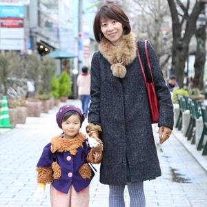 【撮影日:03/11,撮影場所:自由が丘】博子さん・花姫ちゃん(3歳)・好きな親子スポット:二子玉川