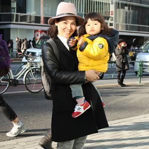 【撮影日:02/03,撮影場所:表参道】亜樹さん・珠央ちゃん(2歳)・好きな親子スポット:公園