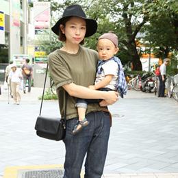 【撮影日:09/05,撮影場所:自由が丘】ママ・ゆうだいくん(1歳)