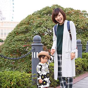 【撮影日:2015/11/01 撮影場所:横浜】ゆーこさん・ななみちゃん(1歳)